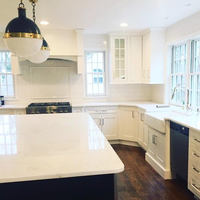 two-tone-kitchen-pa-stephanie-kraus-designs-berwyn.JPG