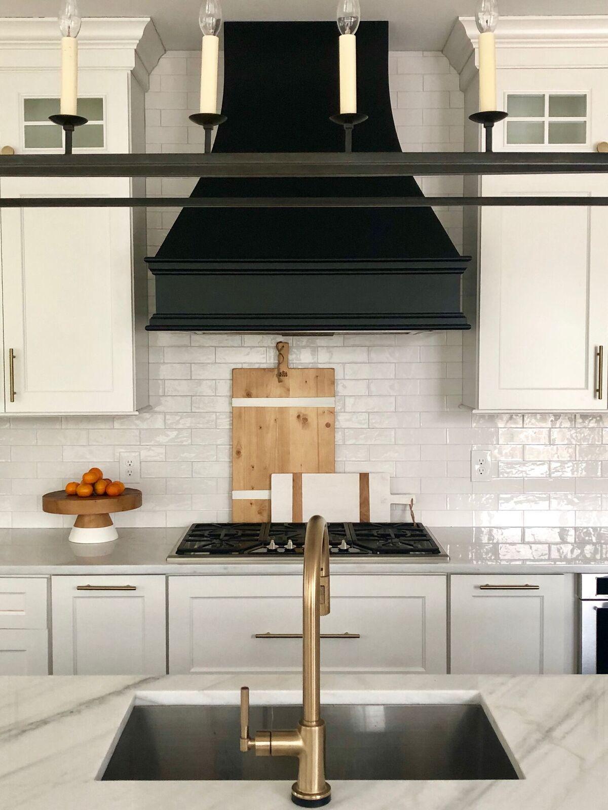 stephanie-kraus-designs-mainline-pa-kitchen-after-brass-faucet.jpg