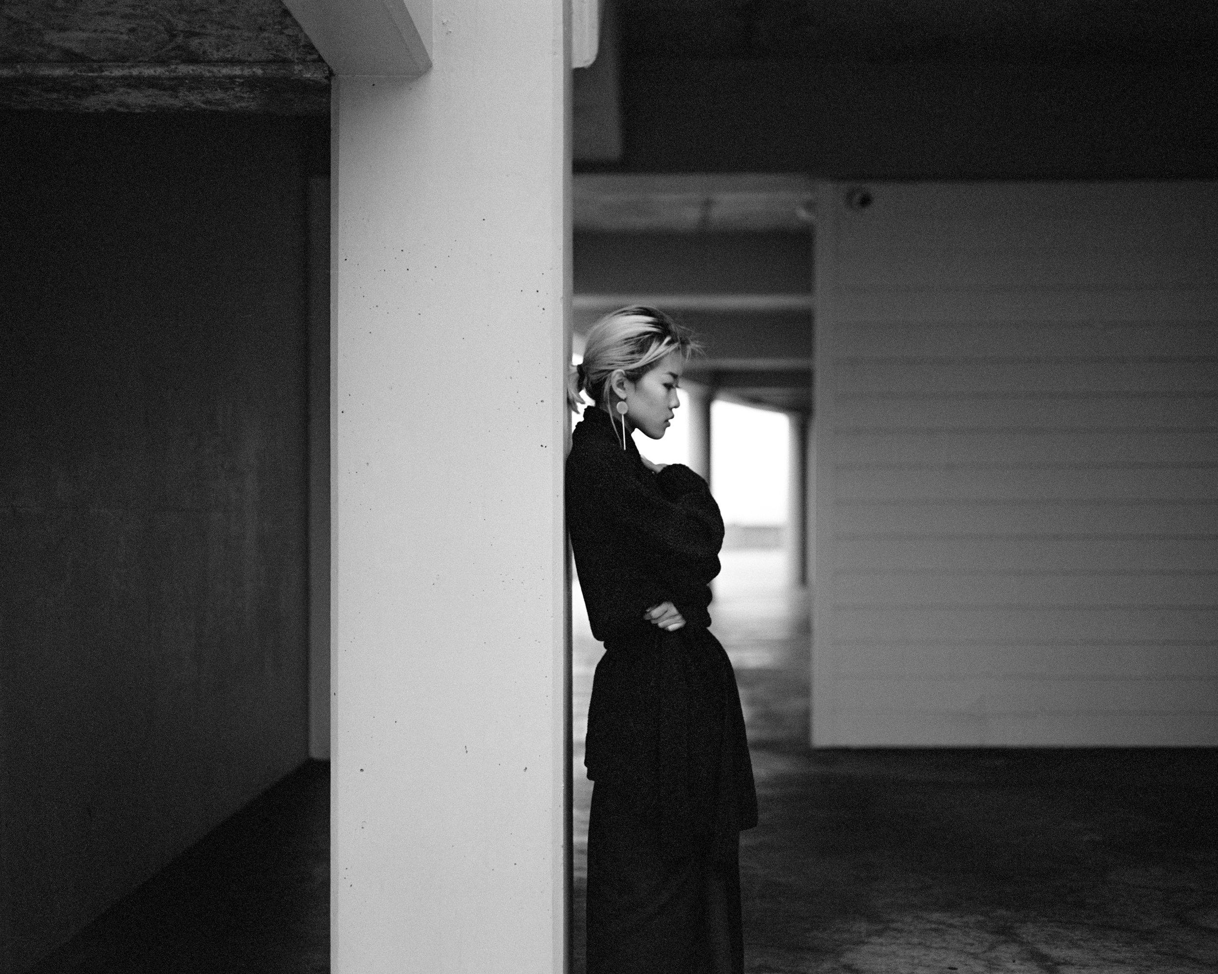 Anne Cliffhouse Robe M67-1.jpg