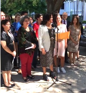 LWVMD President Marisol Zenteno, flanked by Miami-Dade Commissioner Daniella Levine-Cava and New Florida Majority Director Andrea Mercado, as well as representatives of other community organizations and several students, called for early voting sites on college campuses at a Sept. 13 press conference.