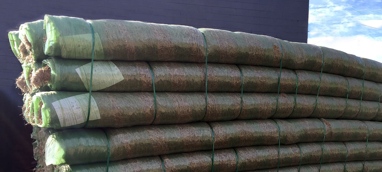 straw-blanket-2.jpg