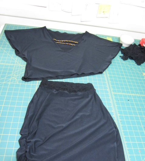 Easy sewing project Two Piece black dress with a touch of gold - SajaEgo.com