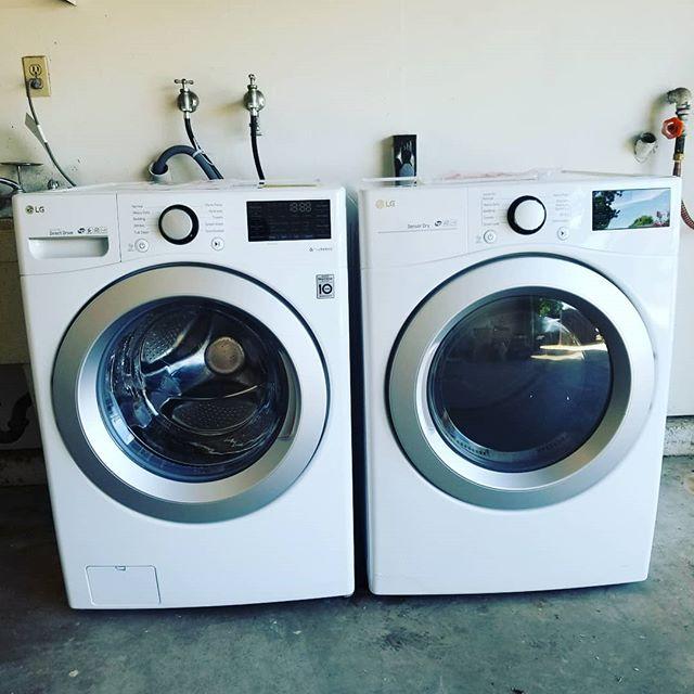 Me very 1st washer dryer! Happiest day of my life! 🙌🤗 #thisisaluxury #gamechangers