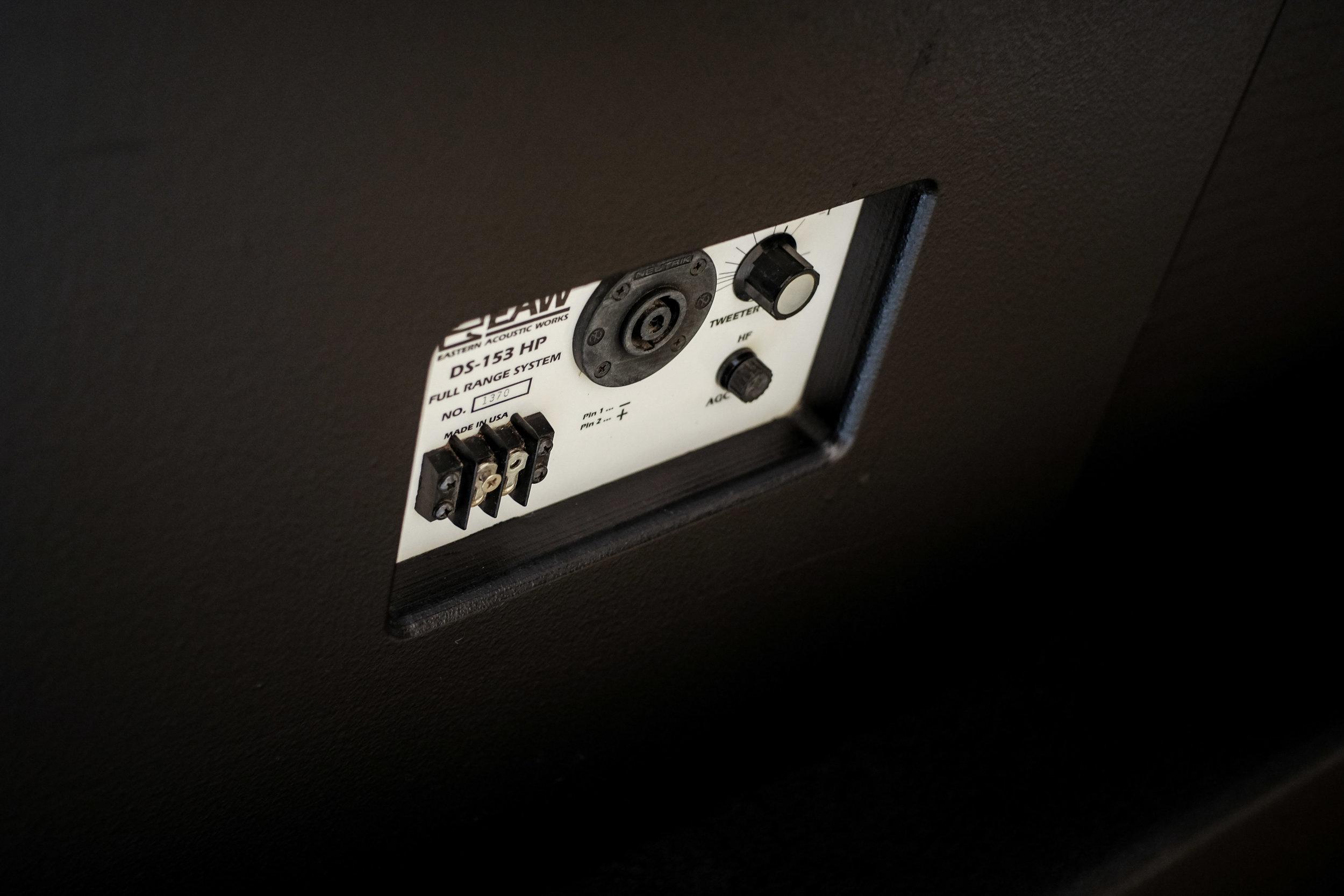 EAW DS-153HP Rear 1.jpg