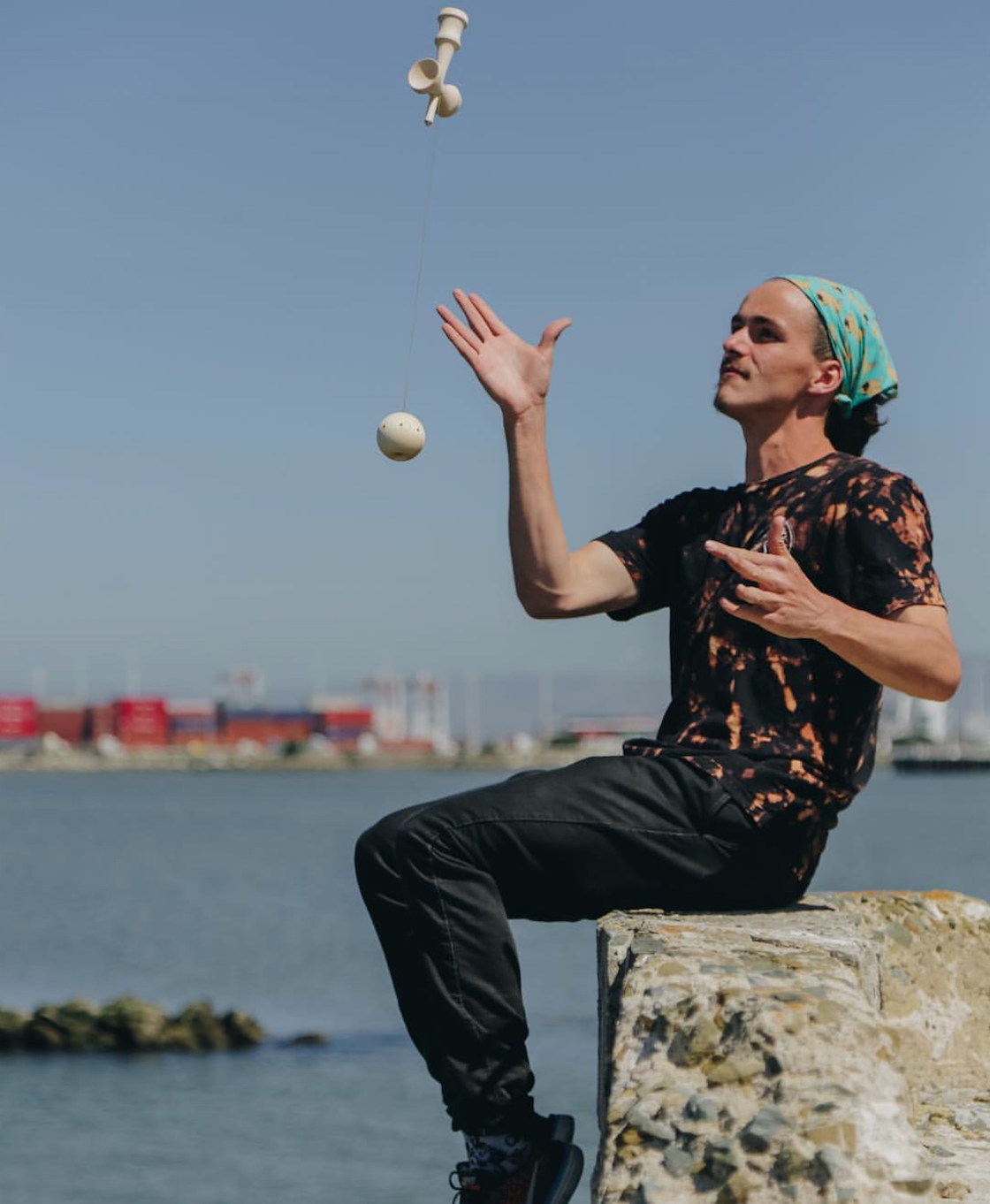 """BEN HERALD  Hailing from San Jose, Ben has continued to push tricks to new limits and has quickly made himself one of the best players out there!  Follow Ben on instagram - @benherald    """"I don't wanna leave the game the same."""""""