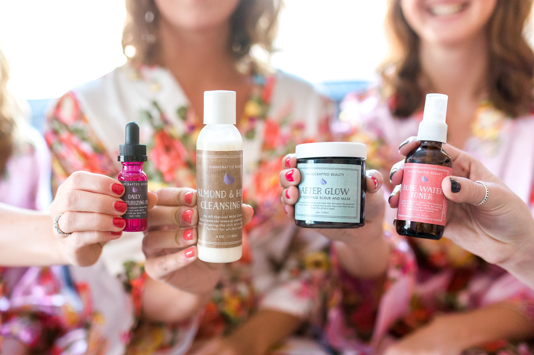 Best friends | Spa Day with Bridal Party | Natural Beauty Products | Floral Robes | Girls Night | Giveaway!