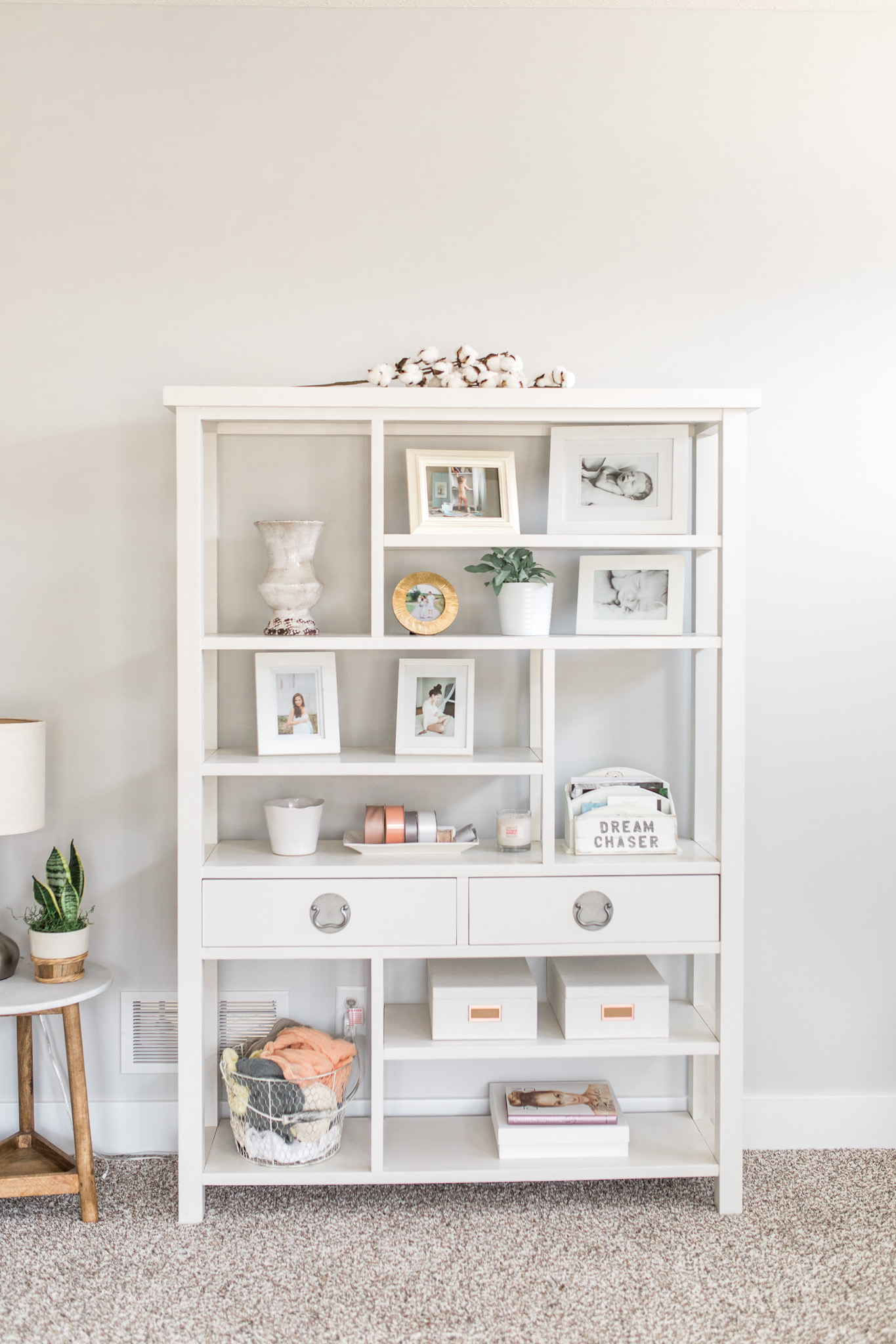 Light and airy mid-century modern home office   Office tour   Girly blush and gold details   white desk   Laurenda Marie Photography