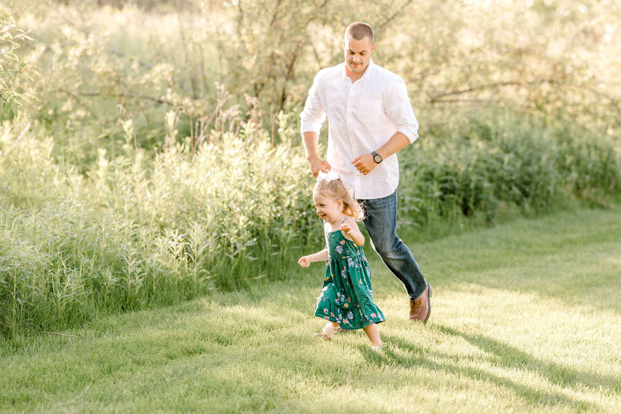 Beautiful Outdoor Summer Maternity Session at Golden Hour | Maternity Wardrobe | Maternity Session with Toddler | West Michigan Maternity Photographer