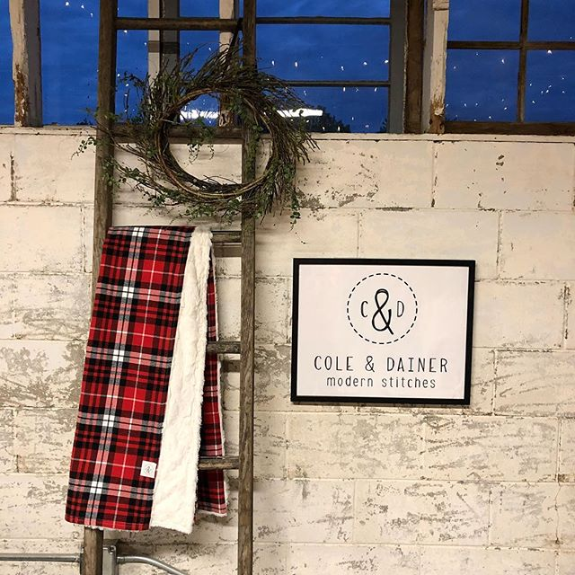 Fall is here...and so are our flannel plaid throws!! Order them from our online store (link in bio) OR hop on over to Junkstock at Sycamore Farms in Omaha this weekend. You'll find Cole & Dainer in the Livery, but you'll definitely want to see EVERYTHING here. 😍😍 #junkyourheartout #junkstock #coleanddainer #shoplocal #shopsmall #nebraskagirl #coloradomade #throws #blankets #holidaygifts