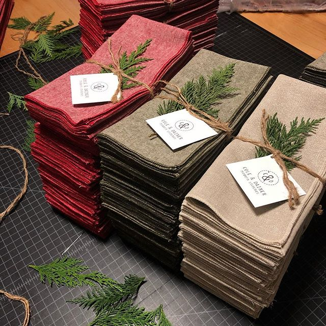Just got these holiday pretties all wrapped up and ready to go! ✨✨Fab new colors: Cherry Red, Olive Green and Metallic Champagne. You can grab them directly through us OR at @hoveyandharrison... #merryandbright #dinnernapkins #shopsmall #shoplocal #coleanddainer #eatrealfood #hoveyandharrison #holiday #holidayparty #holidaygifts #tablesetting #gifthandmade