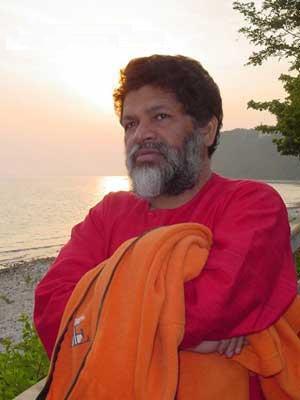 Swami Bodhananda Artificial Intelligence versus Cosmic Intelligence