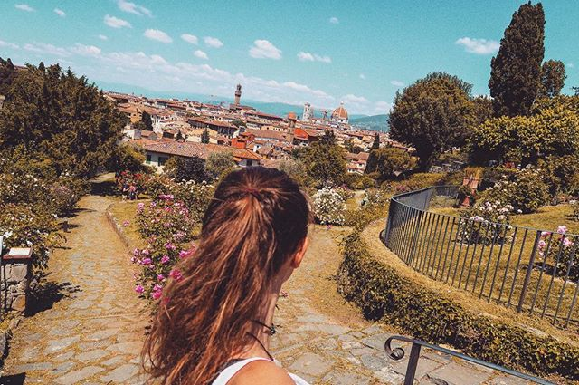 Firenze 😍 just keep walking.. and walking.. and walking.. and the view just gets better.. and BETTER.. AND BETTTEERRR!!!!