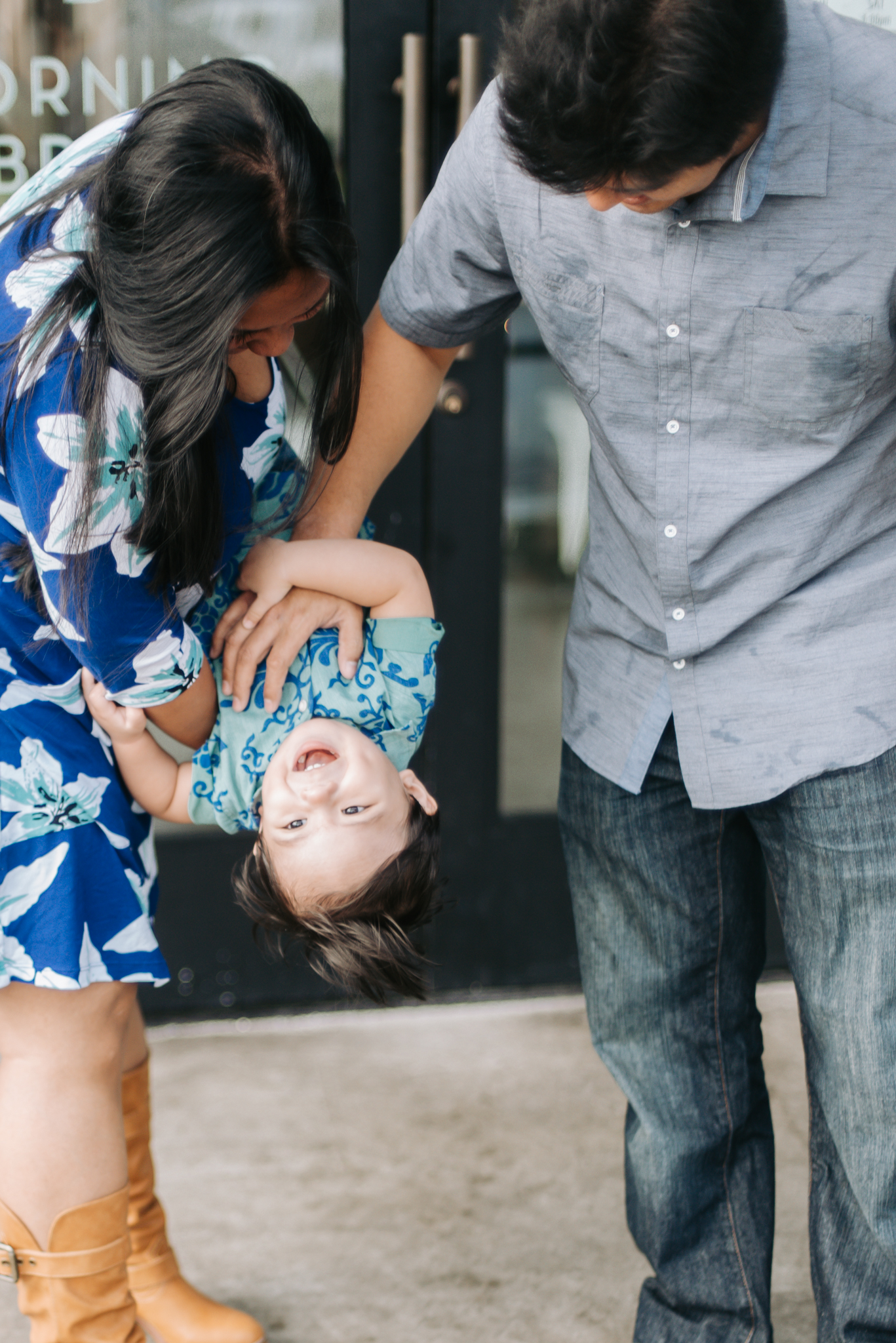 SALT our Kakaako Family Portraits | Oahu Lifestyle Photographer