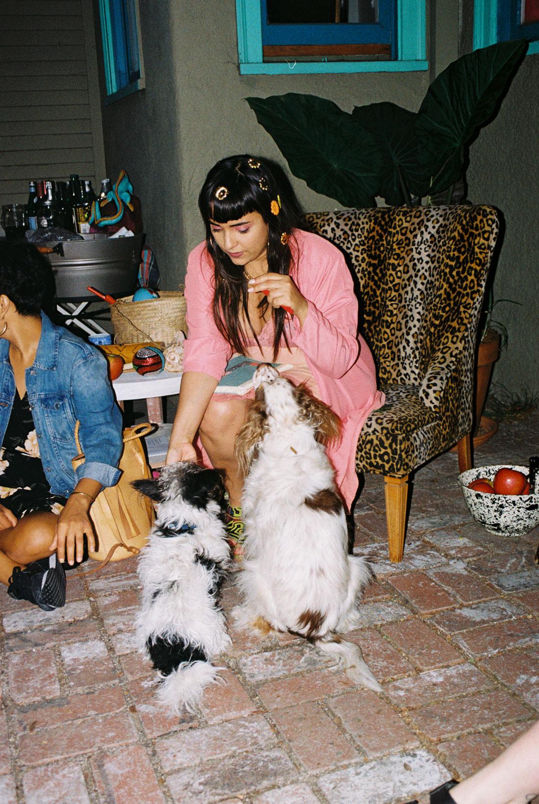 Jarina and puppies
