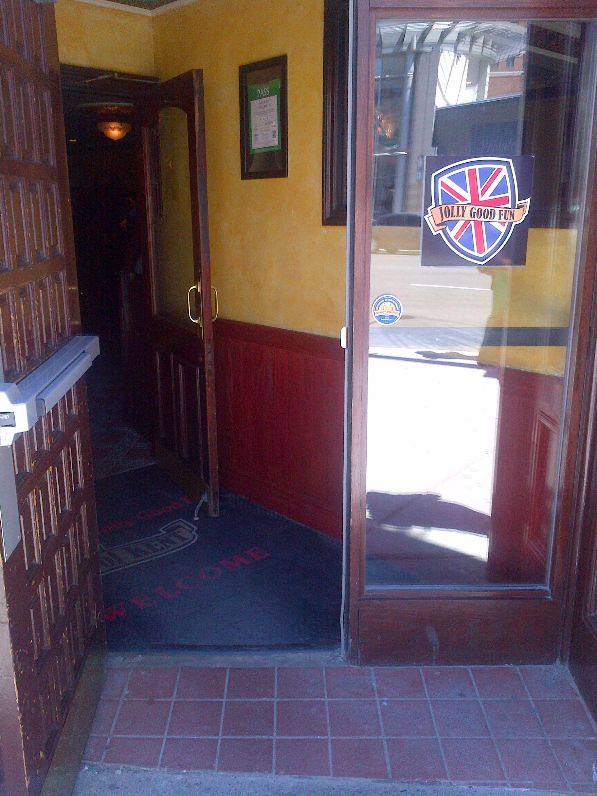 Picture of accessible doorway.