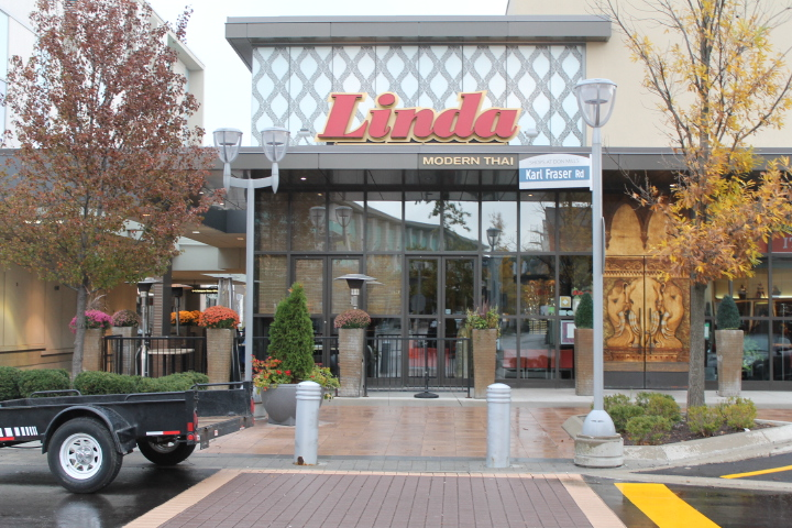 Picture of exterior of Linda Modern Thai