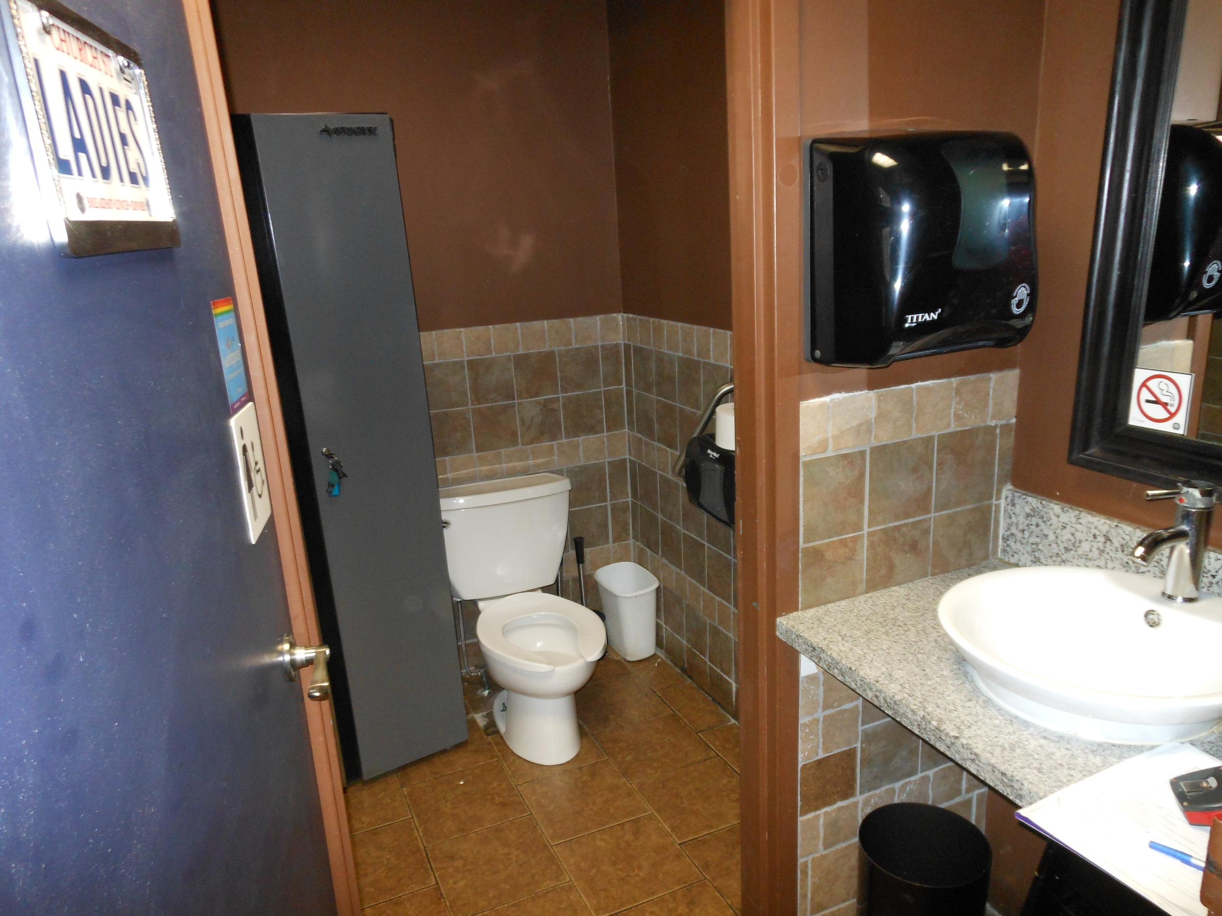 Picture of accessible bathroom.