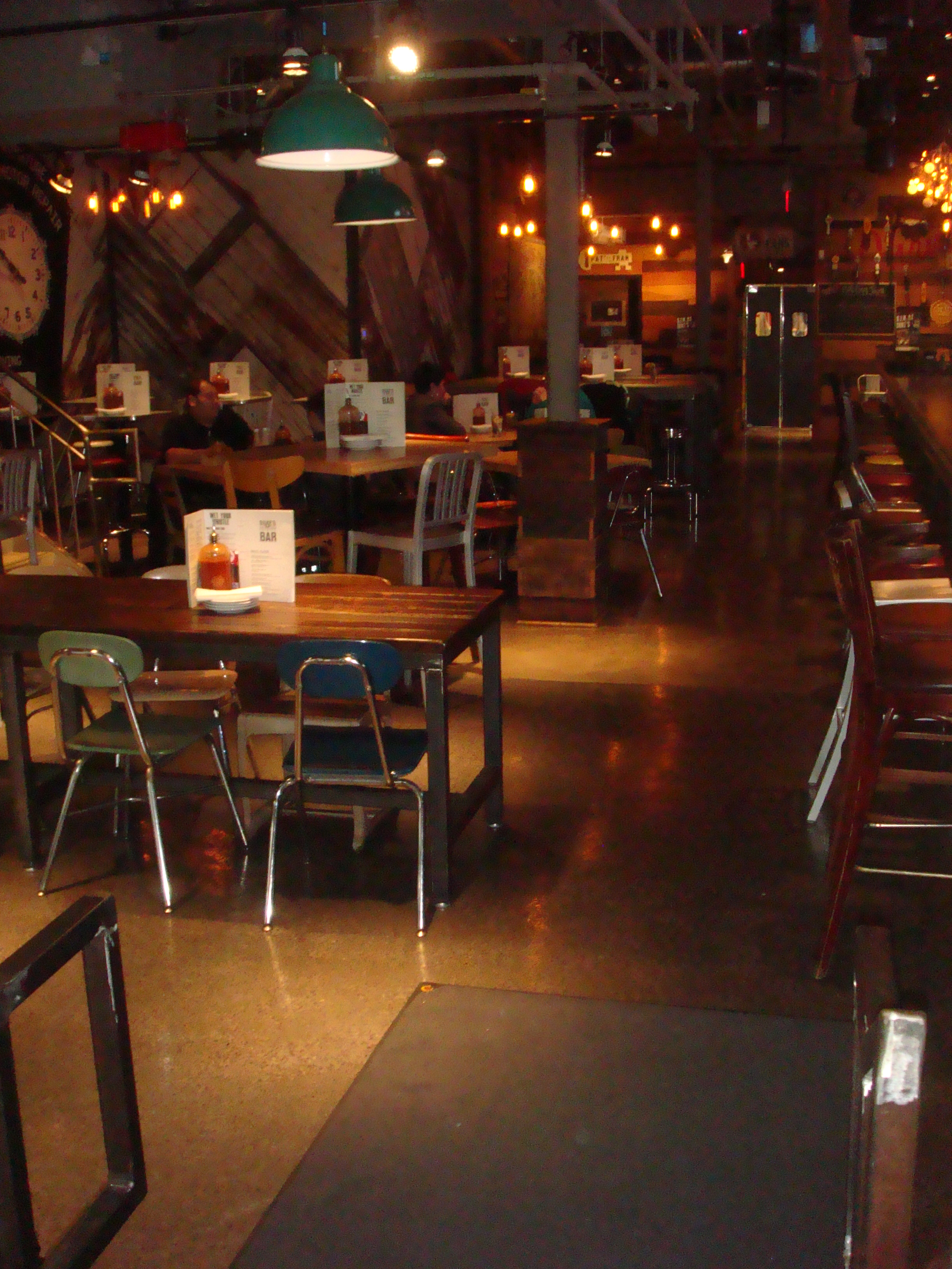 Picture of accessible interior of restaurant.