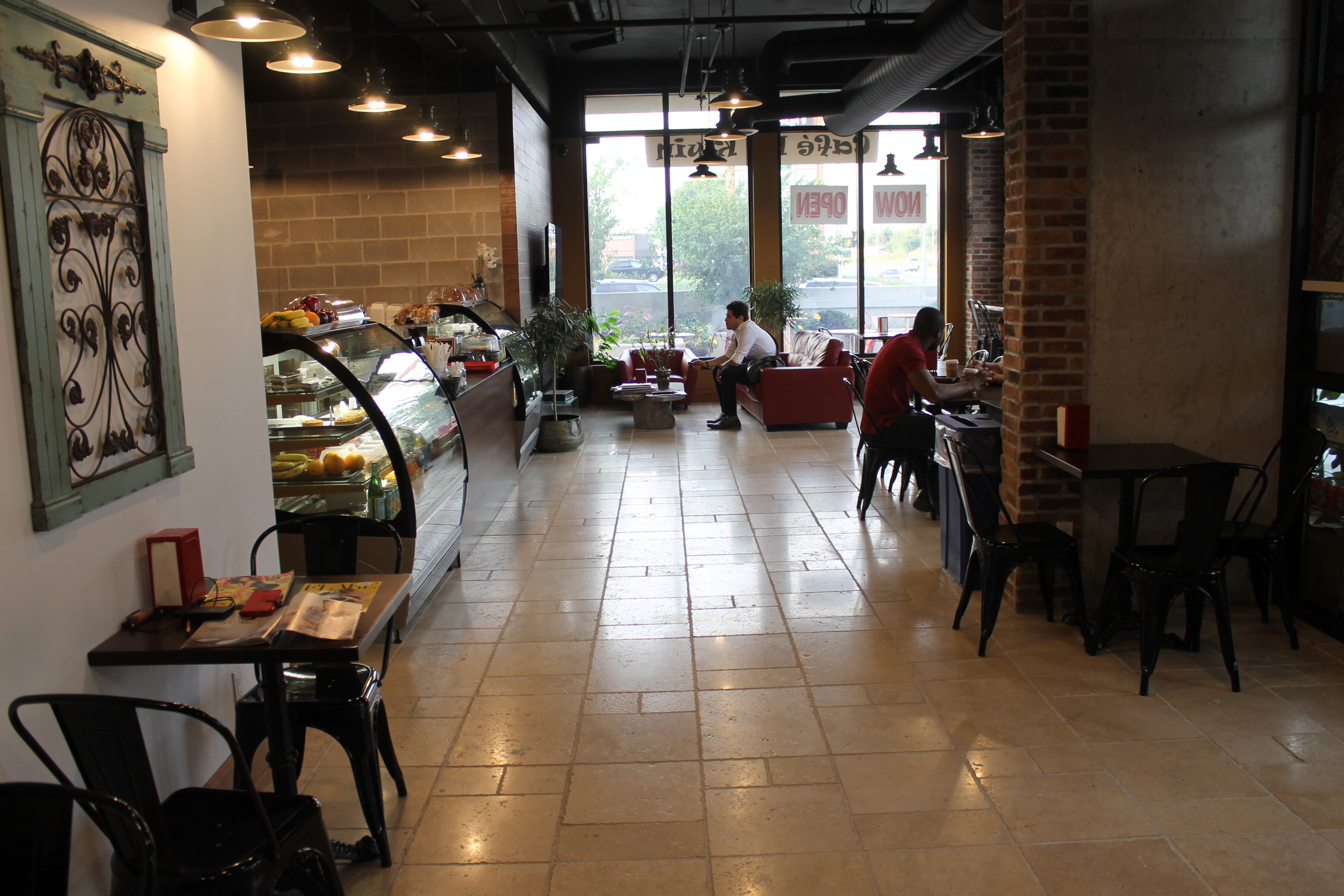 Picture of accessible interior of cafe
