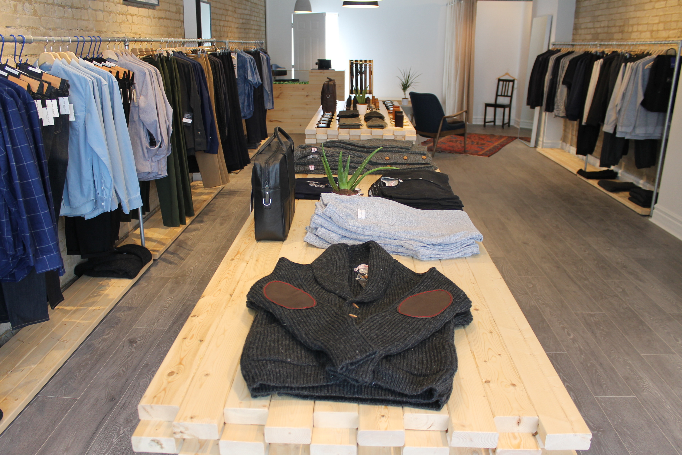 Picture of the interior of men's clothing store Muddy George