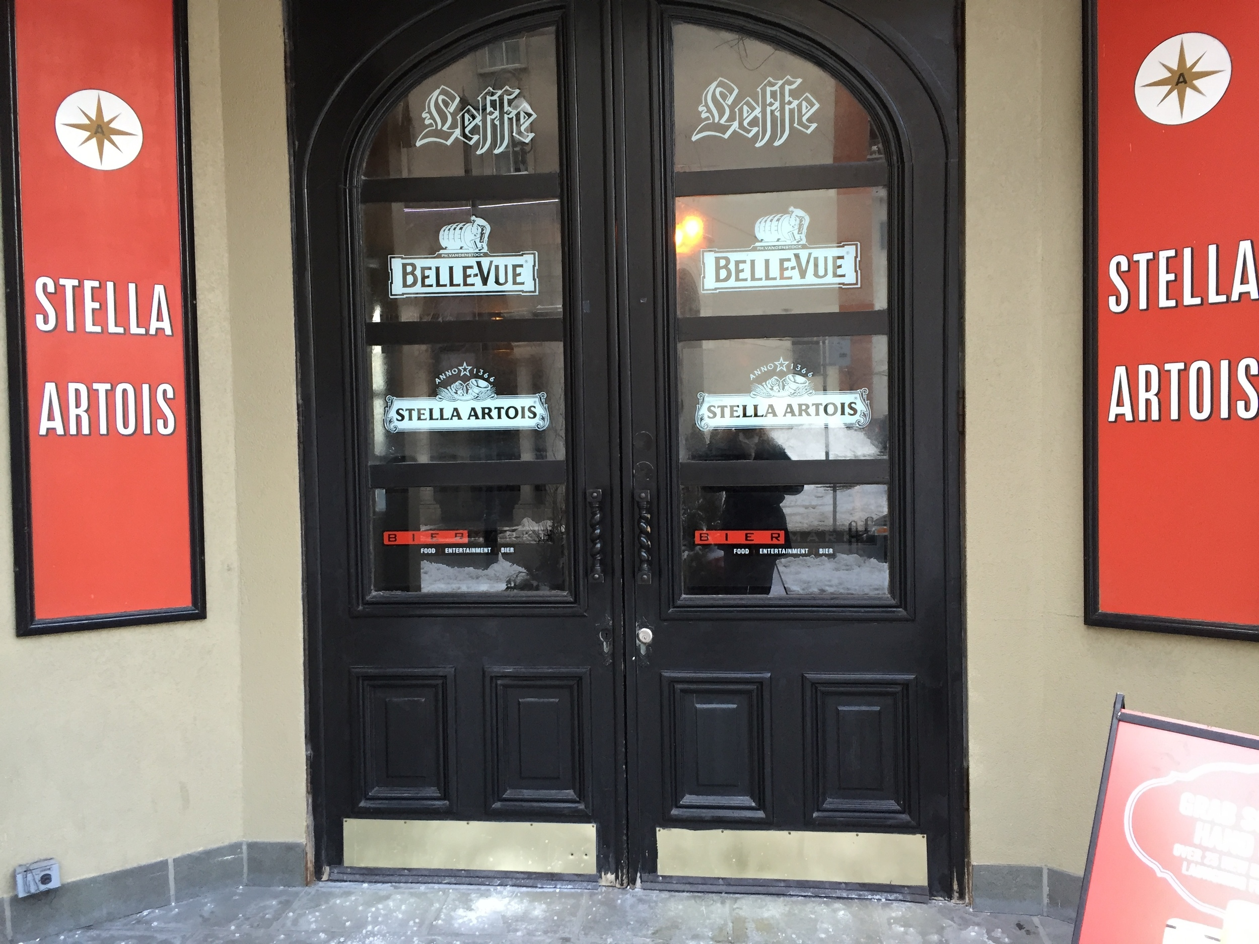 Picture of accessible entrance to the Bier Markt