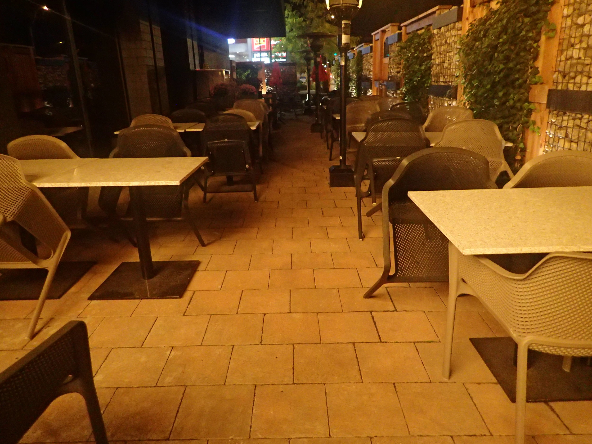 Evening picture of the accessible patio