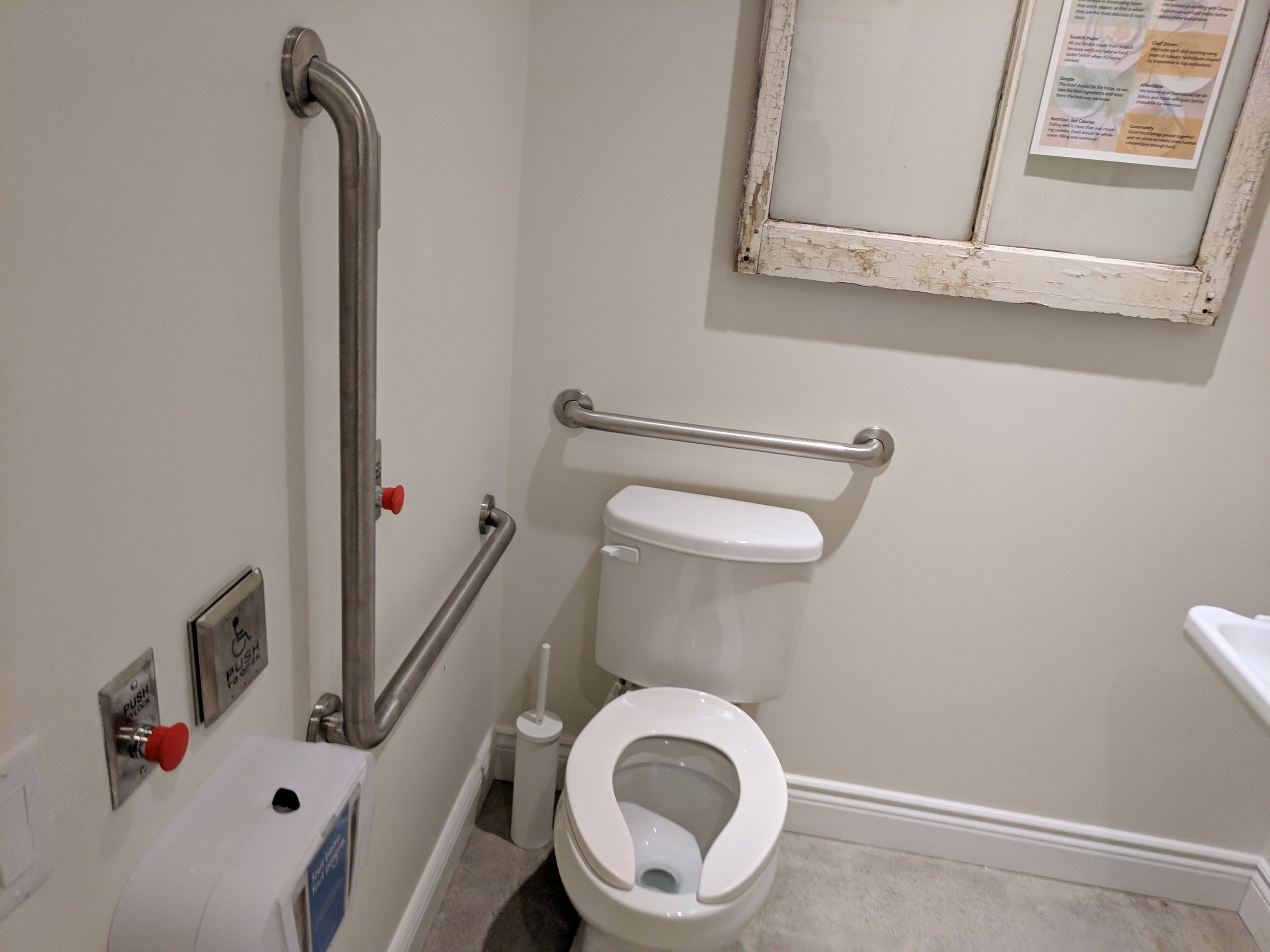 Picture of accessible wahroom