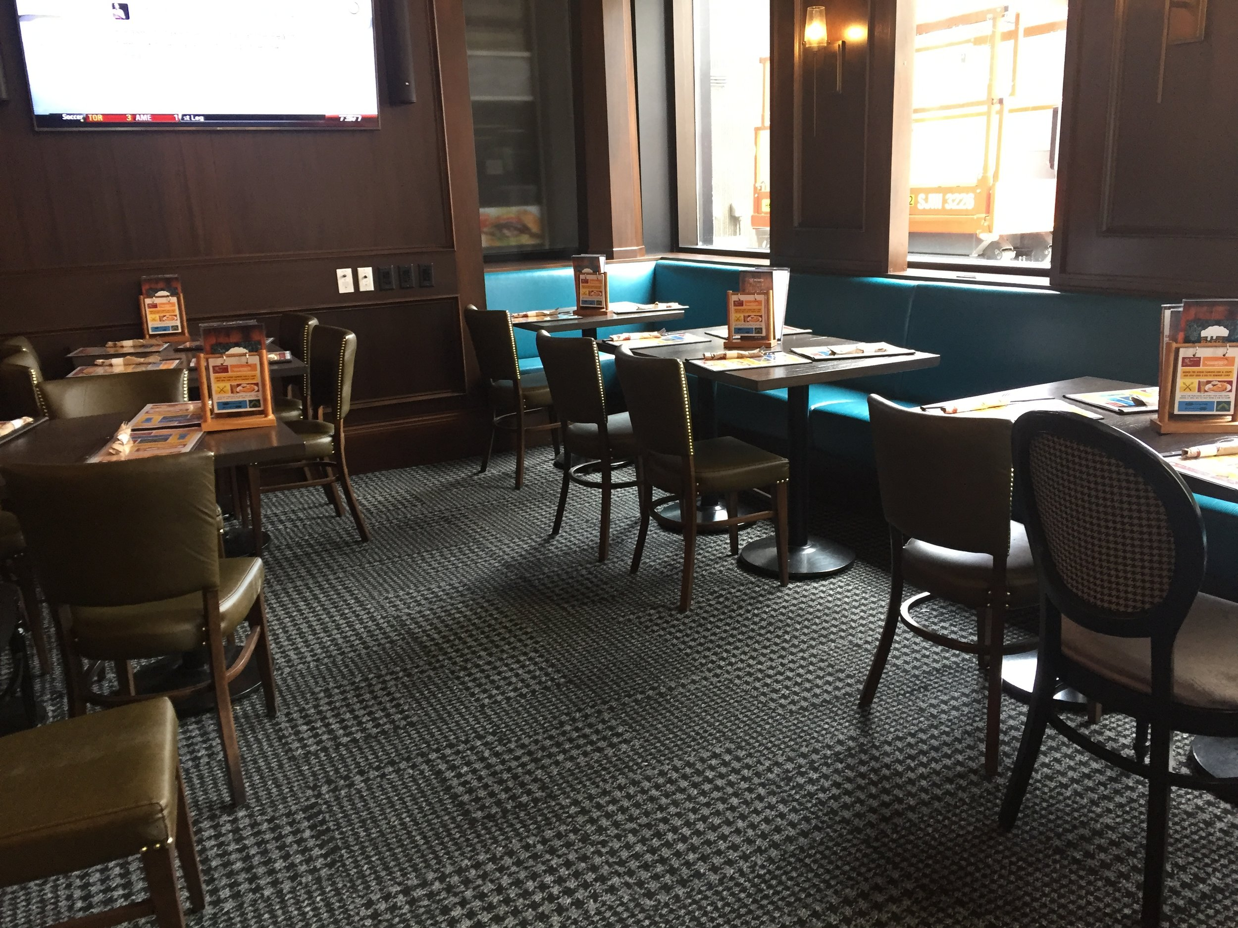 Picture of standard height tables at the Duke of Cornwall