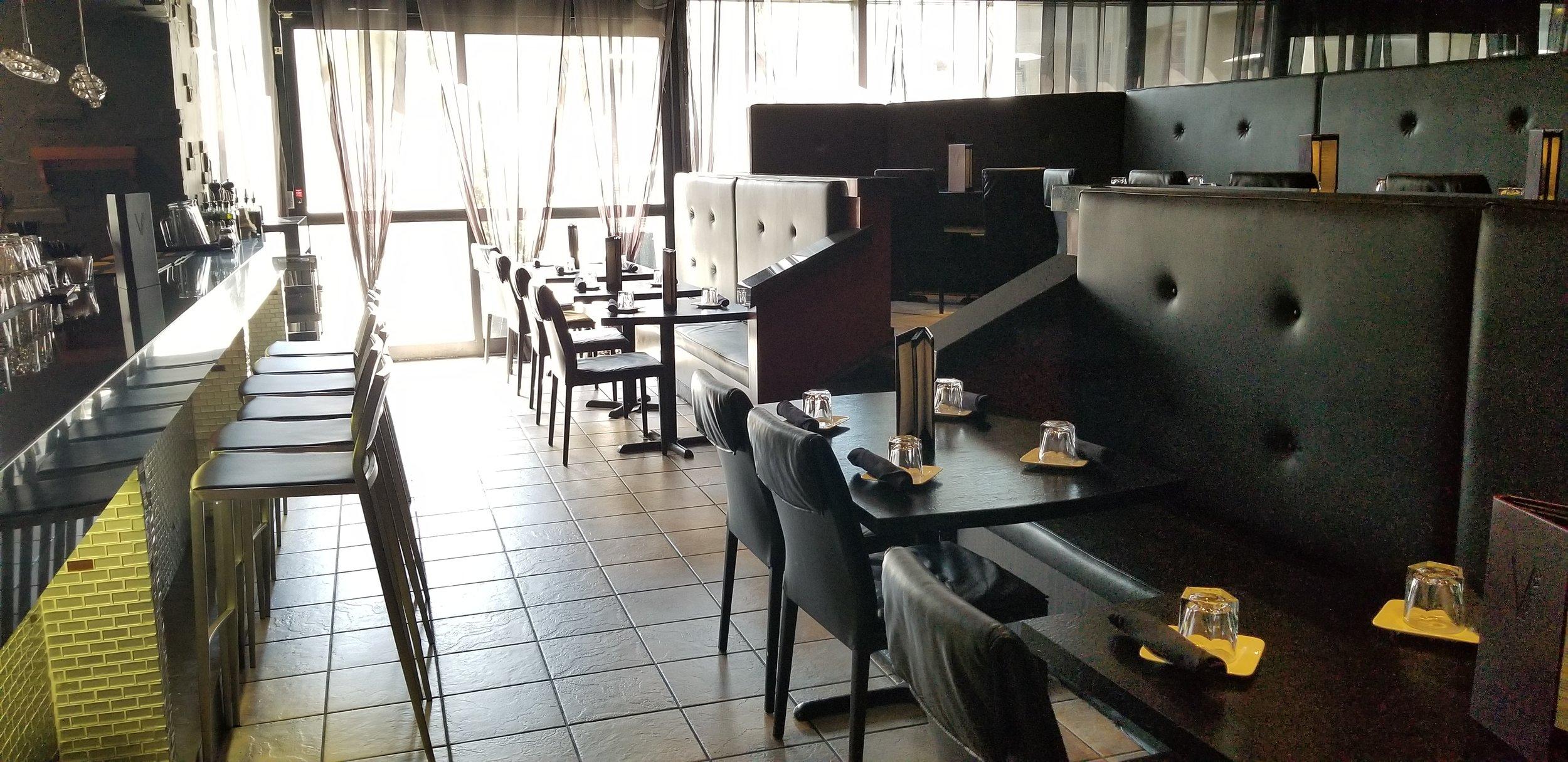 Picture of bright interior of the restaurant