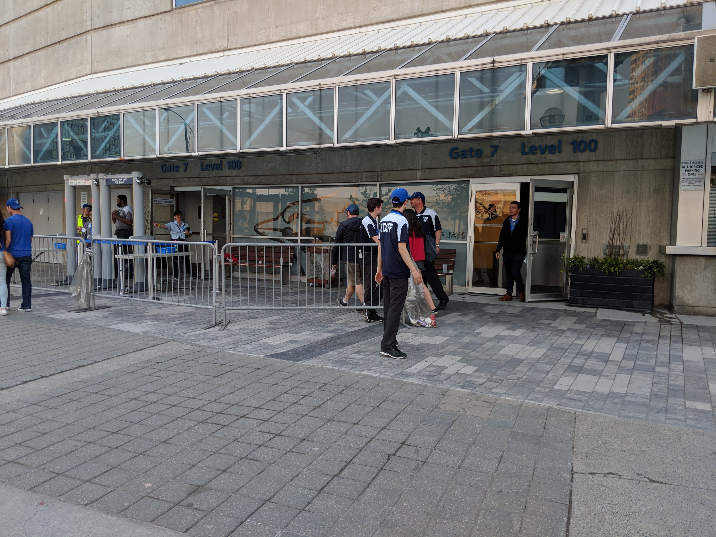Picture of accessible entrance to the Rogers Centre