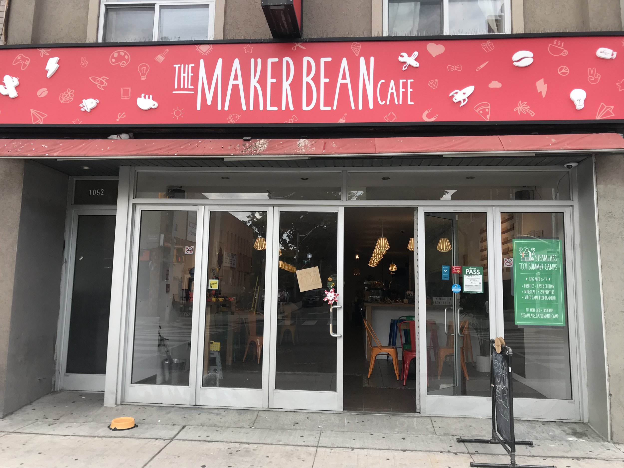 Picture of accessible entrance of the Maker Bean Cafe