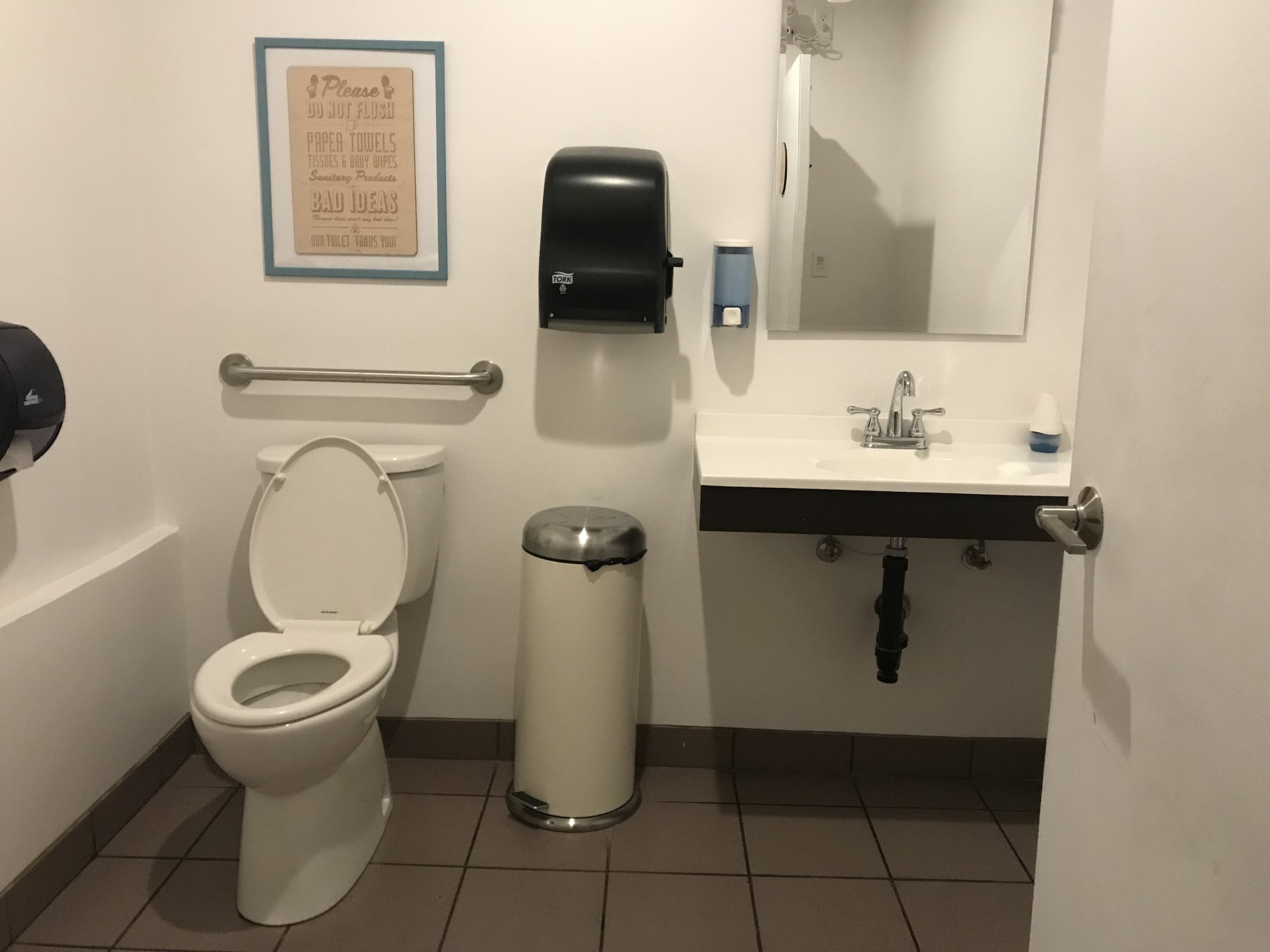 Picture of accessible washroom of Maker Bean Cafe