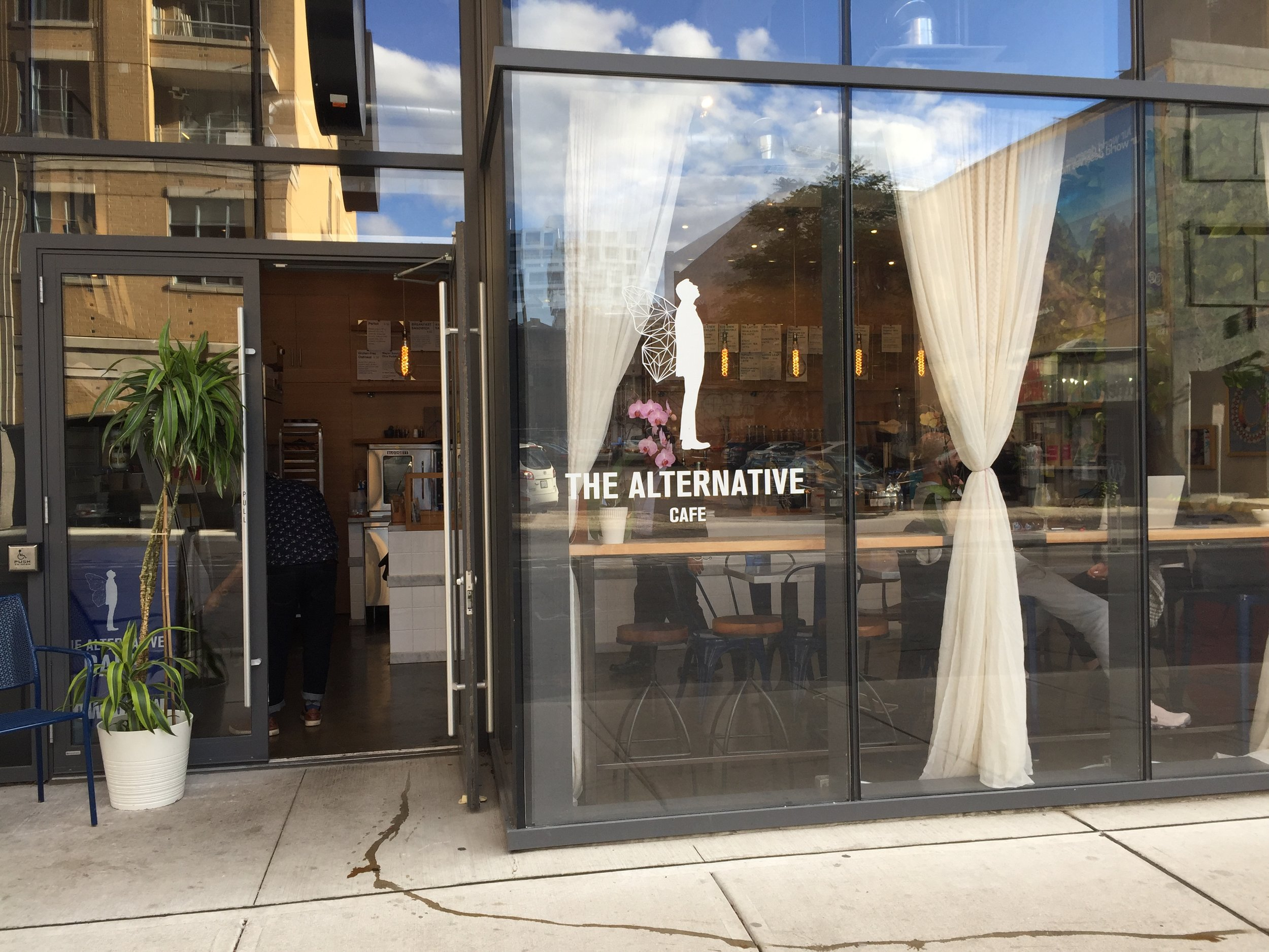 Picture of accessible entrance of the alternative cafe