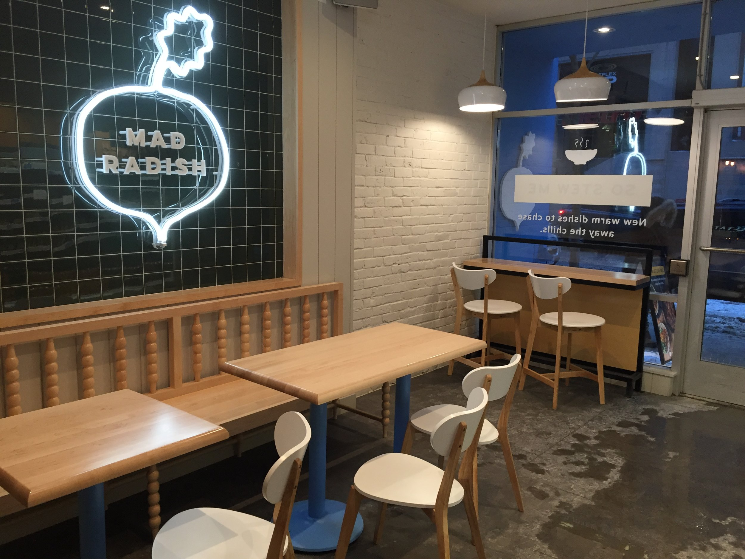 Picture of accessible seating at Mad Radish