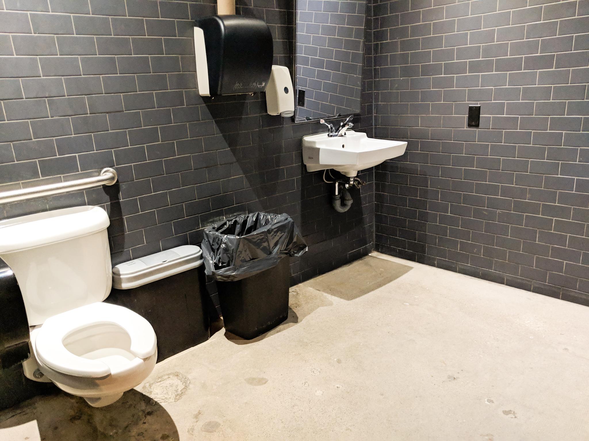 Picture of spacious private washroom at La Carnita