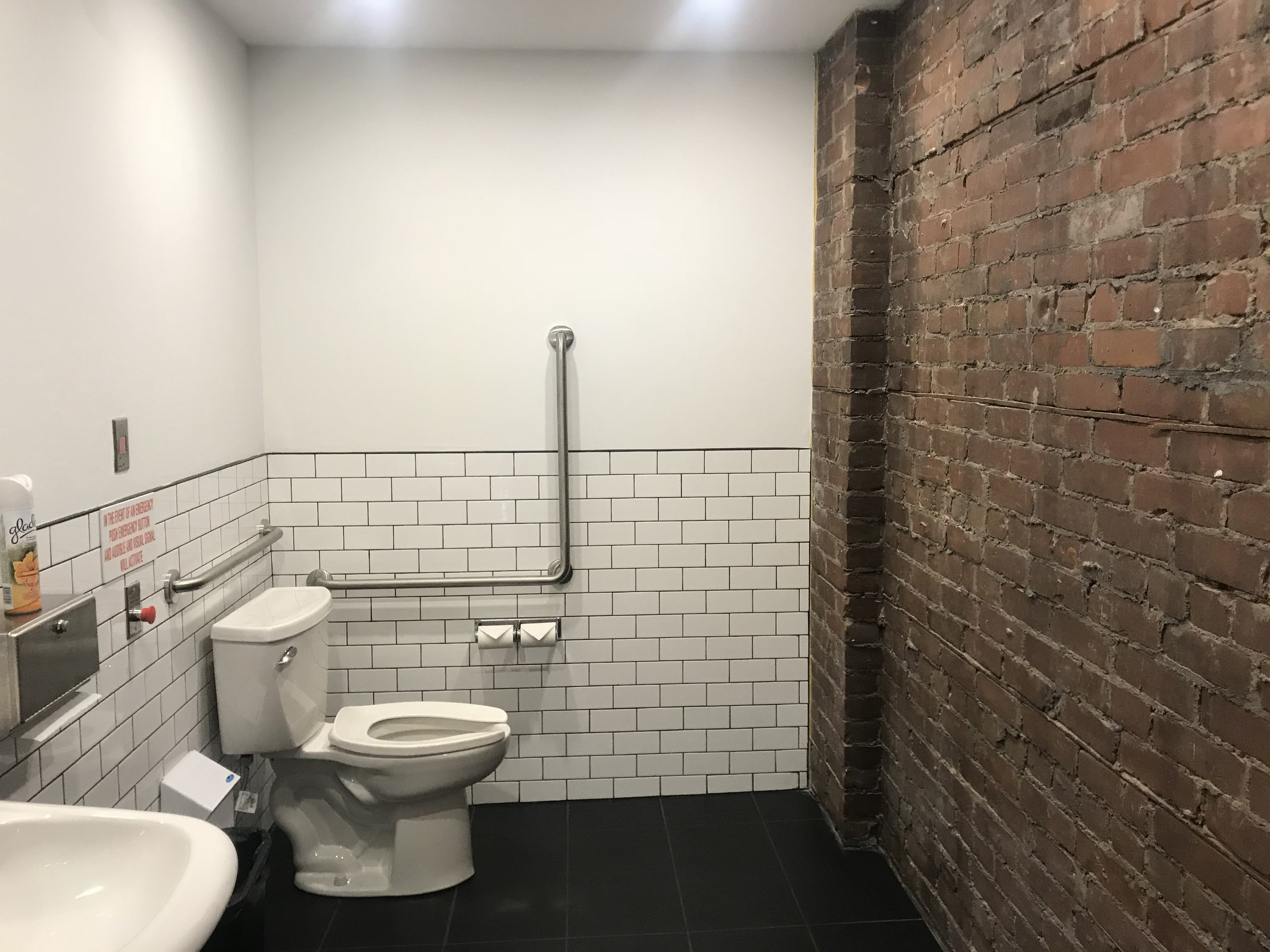 Picture of accessible washroom at Sidebar