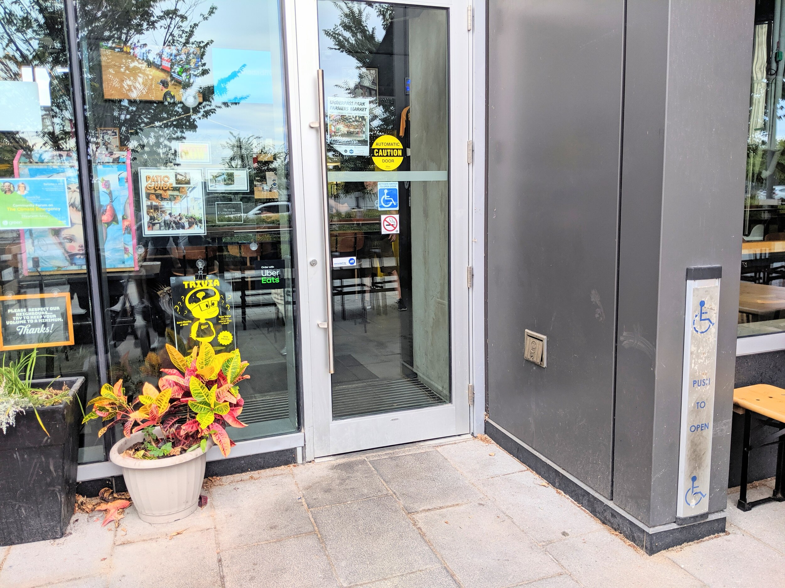Picture of the accessible entrance at the Aviary