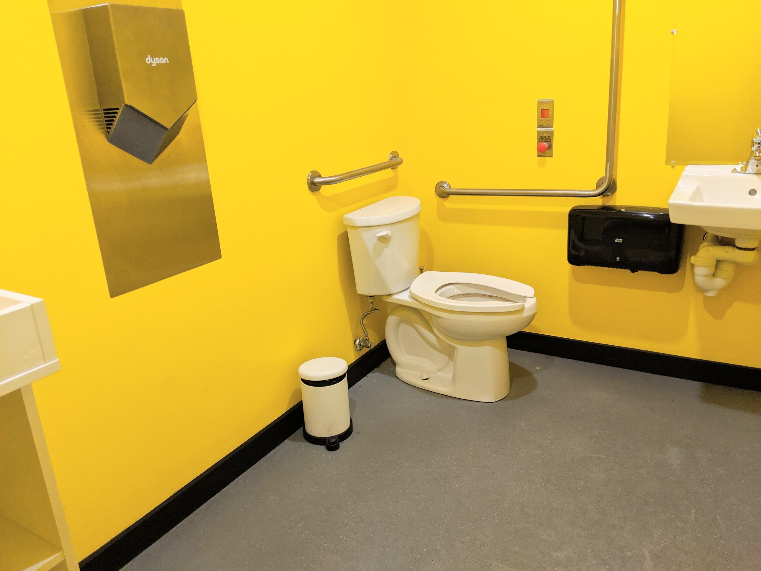 Picture of the accessible washroom at the Aviary