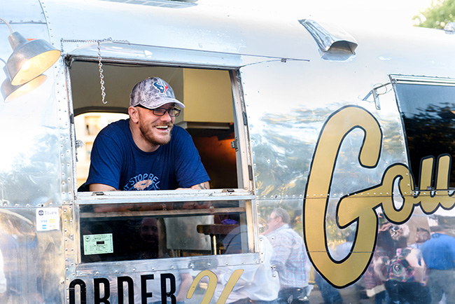 Food-Truck-Pary-2017-10-23-1006lores.jpg
