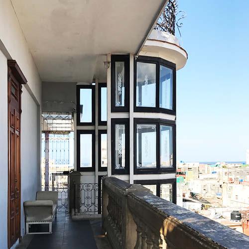 Sarah_Scales_Design_Studio_Travels_Cuba_Centro_Havana_5.jpg
