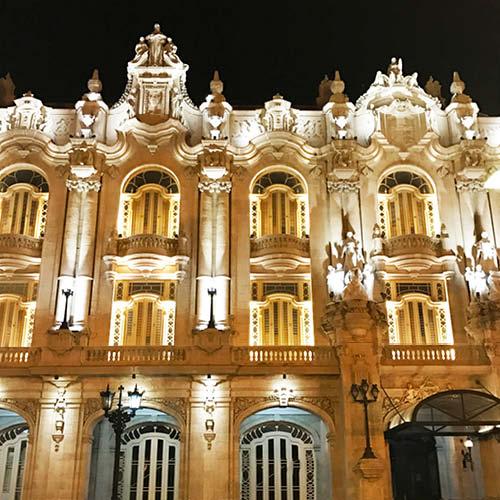 Sarah_Scales_Design_Studio_Travels_Cuba_Centro_Havana_12.jpg