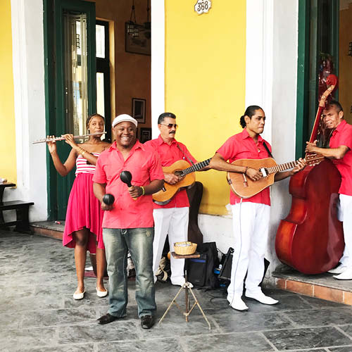 Sarah_Scales_Design_Studio_Travels_Cuba_Havana_Vieja_8.jpg