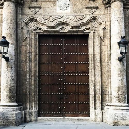 Sarah_Scales_Design_Studio_Travels_Cuba_Havana_Vieja_37.jpg