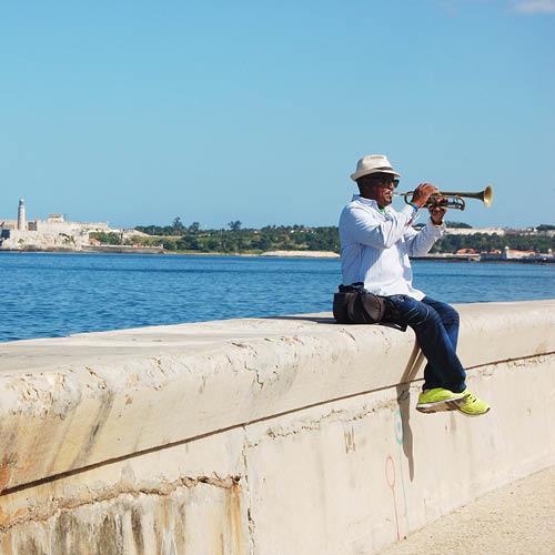 Sarah_Scales_Design_Studio_Travels_Cuba_Malecon_14.jpg