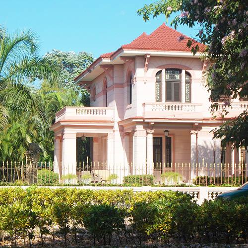 Sarah_Scales_Design_Studio_Travels_Cuba_Havana_Miramar_29.jpg