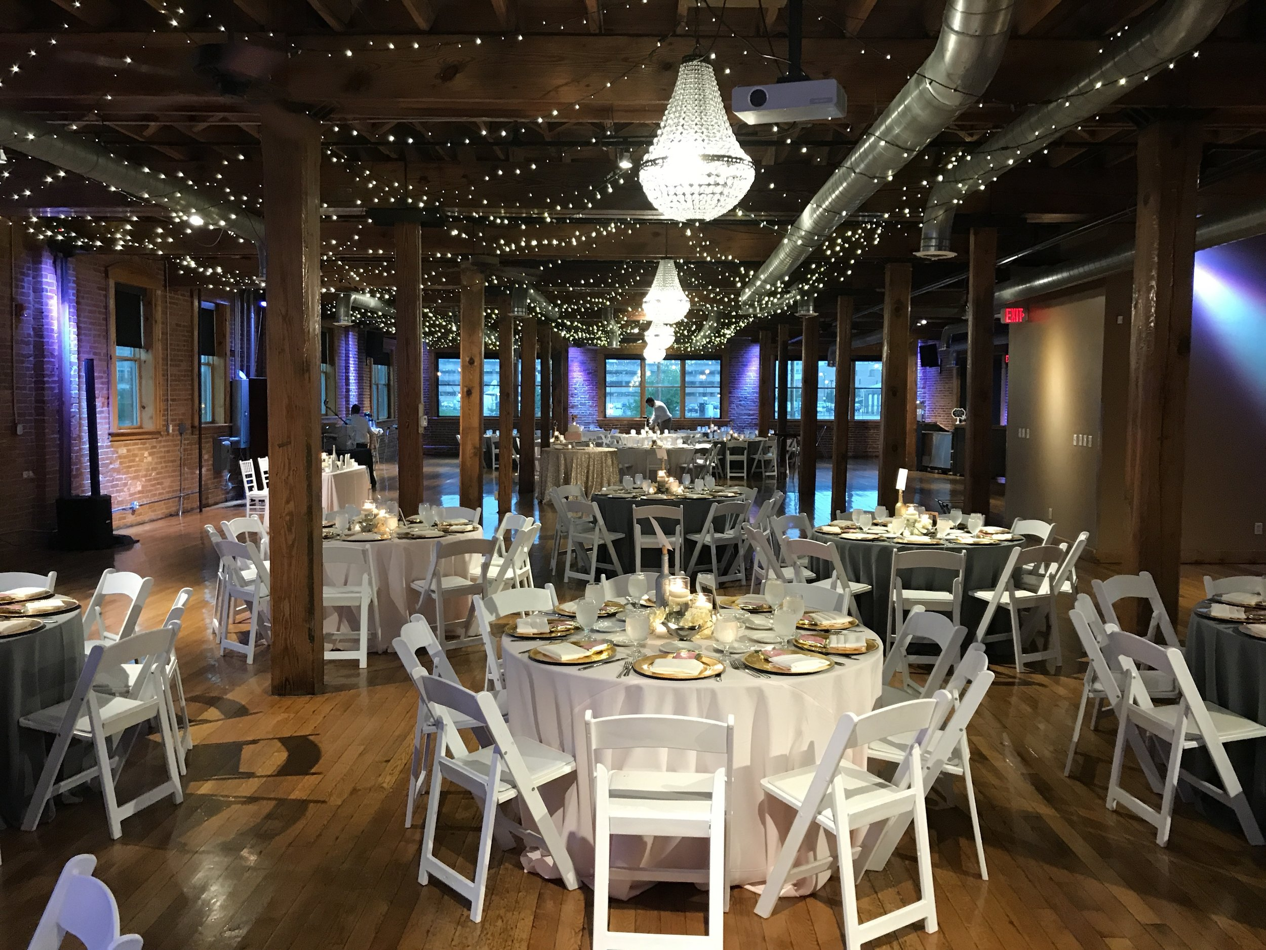 Audra & Zach got married on the 3rd floor, then guests enjoyed dinner & dancing on the 2nd.