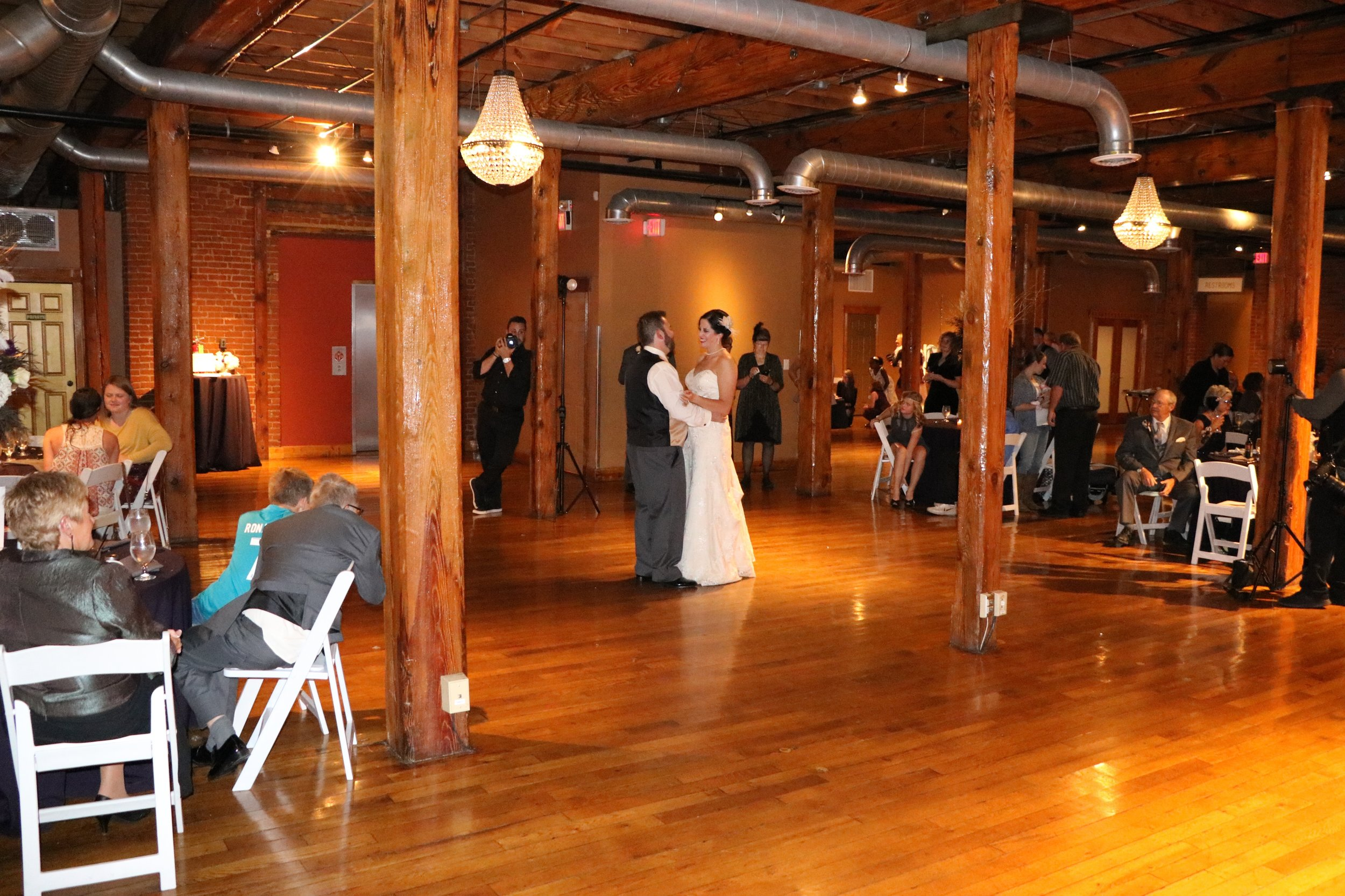 """Lexi & Jason's first dance to """"Elvis"""" by Rubens"""