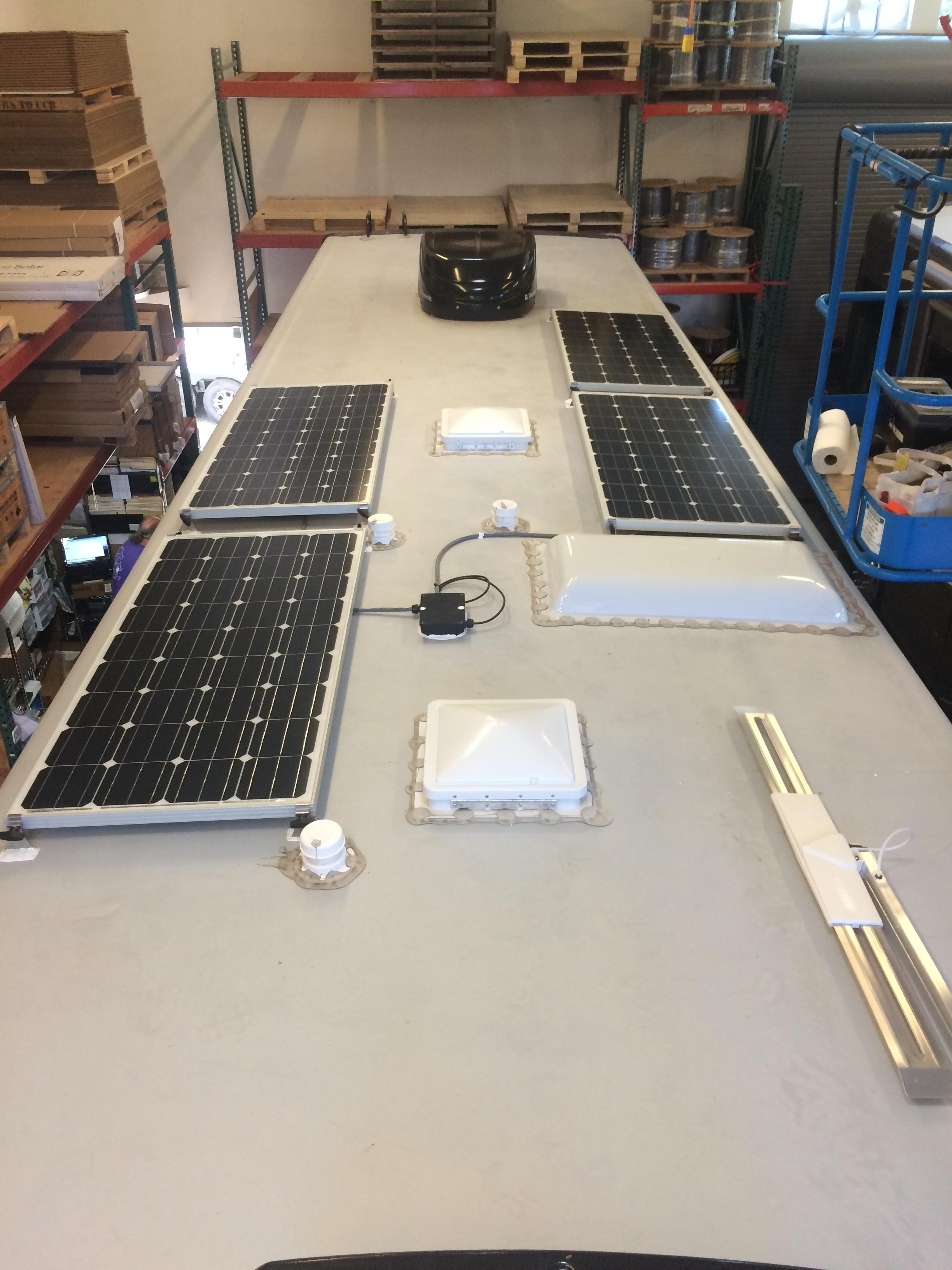 640W of solar panels