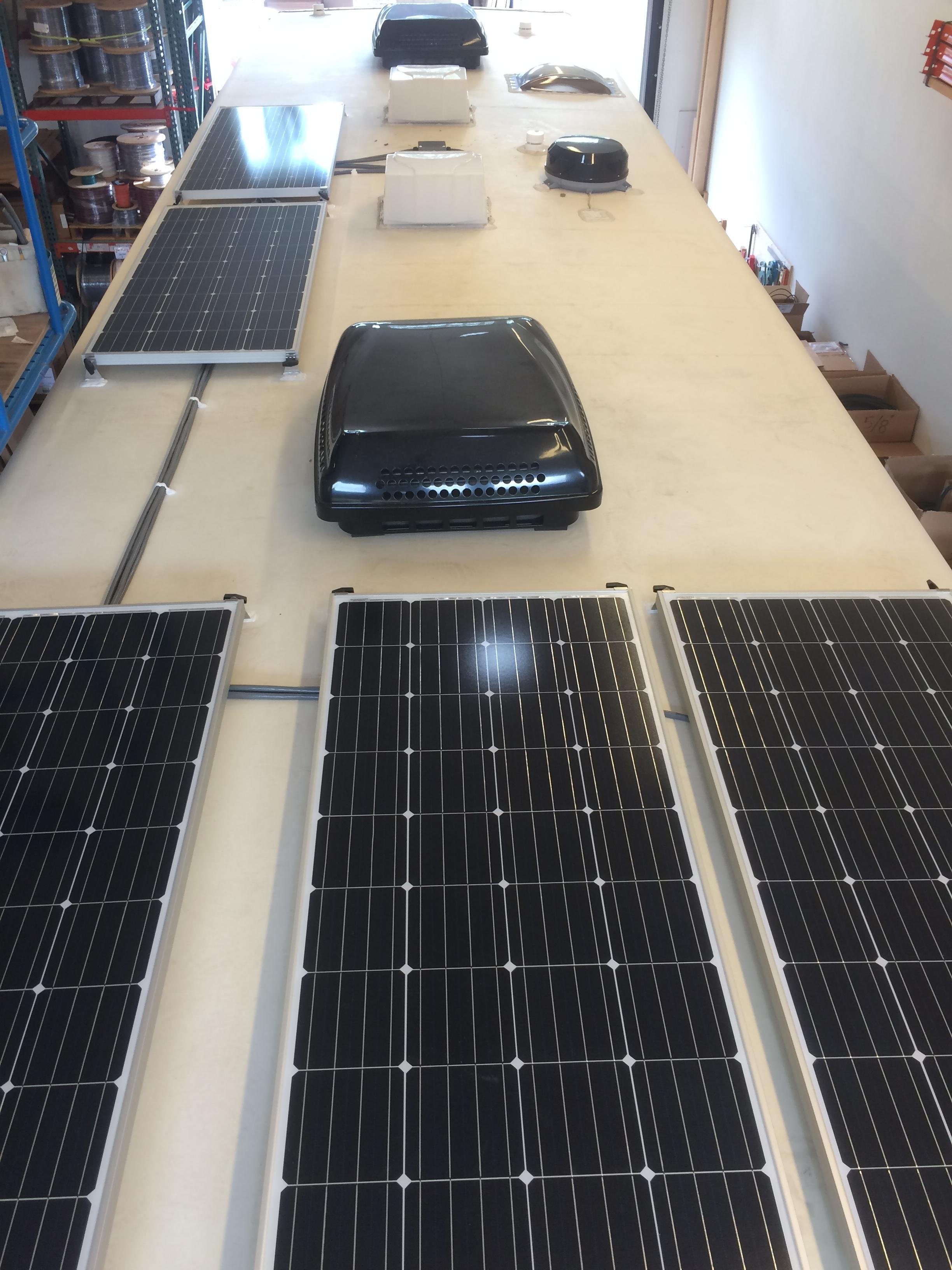 960W solar charging system