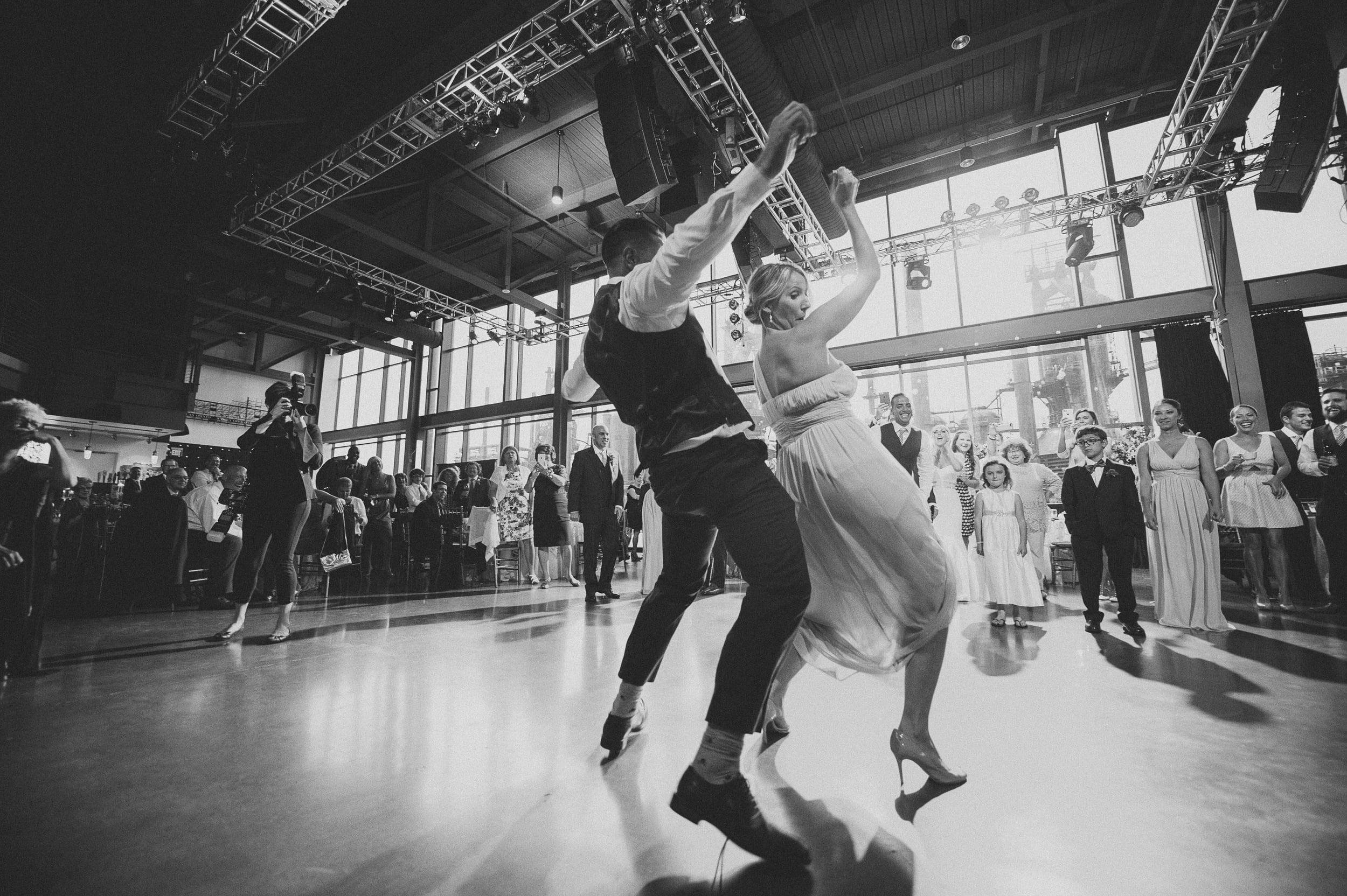 ArtsQuest-steel-stacks-wedding-photos